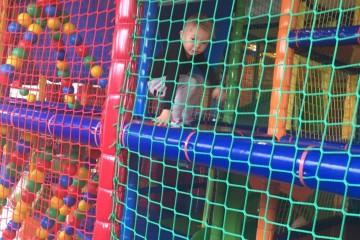 Zábava v Hopilande a Kinderlandii